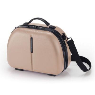 A bézs táska