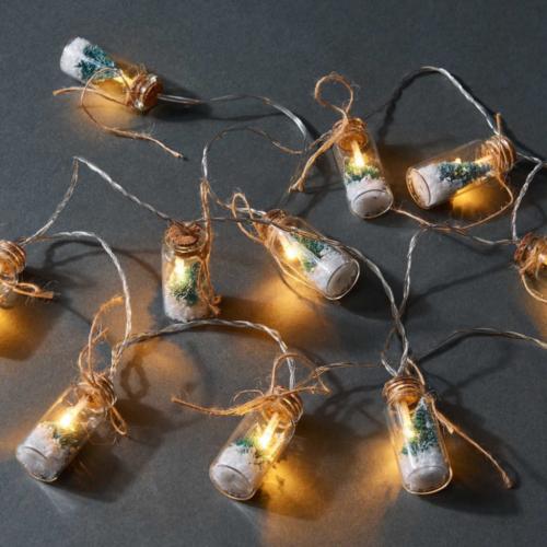 X-MAS LIGHTS Üvegben fenyőfa LED fényfüzér (1,8 m, meleg fehér)
