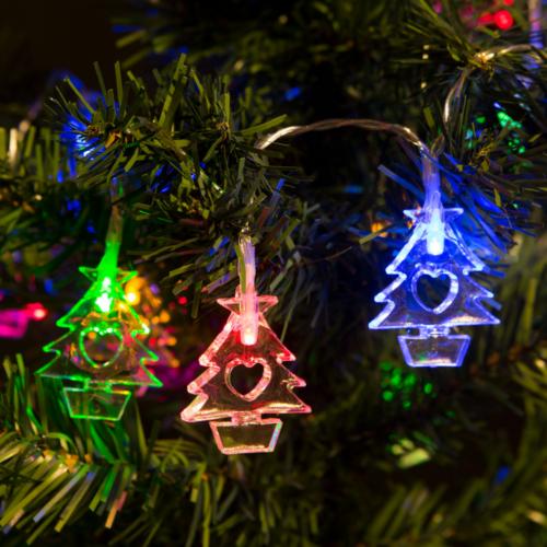 Fenyőfa beltéri, elemes, LED-es fényfüzér (2 m, színes)