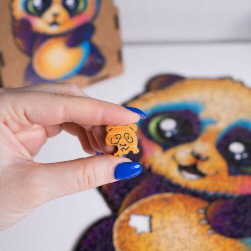 Vidám Panda különleges fa puzzle (115 db-os, 14+) összerakása