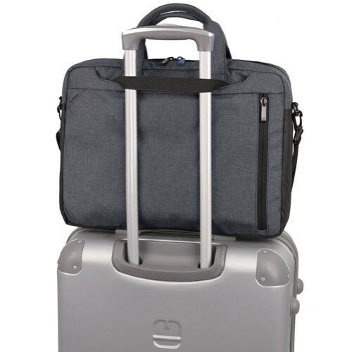 A táska hátulról és húzószerkezeten