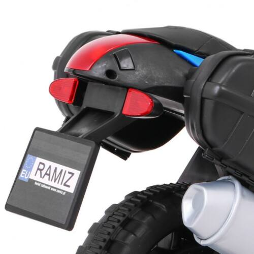 Elektromos kisMotor gyerekeknek (mini segédkerekekkel) hátsó lámpa