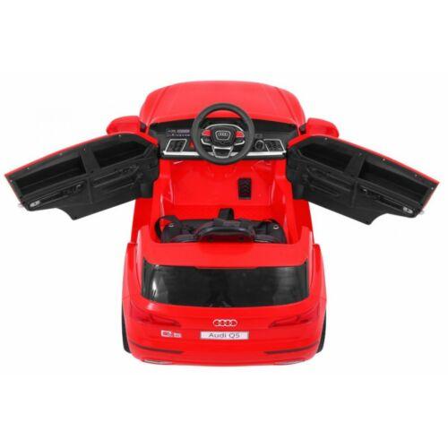 Audi Q5-SUV LIFT elektromos kisautó gyerekeknek (távirányítóval, 1 személyes) belülről