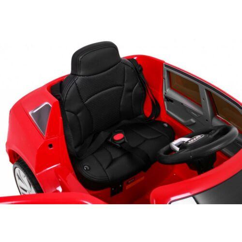 Audi Q8 elektromos kisautó gyerekeknek (távirányítóval, 1 személyes) ülés