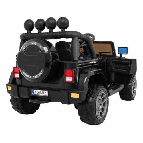 Full Time off-road 4WD elektromos kisautó gyerekeknek (távirányítóval, 1 személyes) hátulról