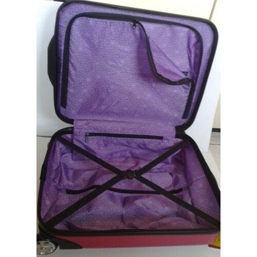 bc032bbe4fe8 Gabol bőrönd GA-103521 színes