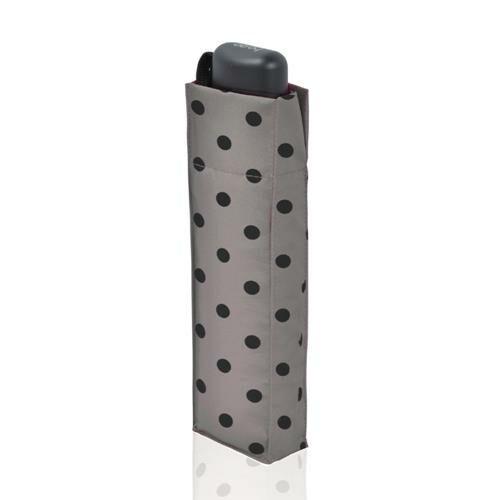 Derby kézi nyitású pöttyös esernyő (Flat Dots) összecsukva