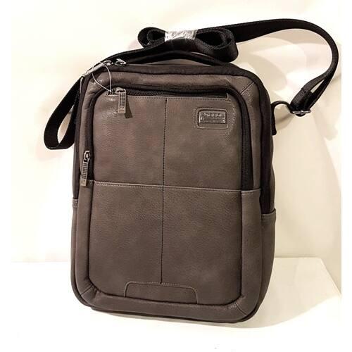 szürke táska