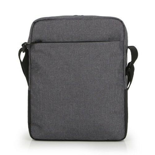 A táska hátulról