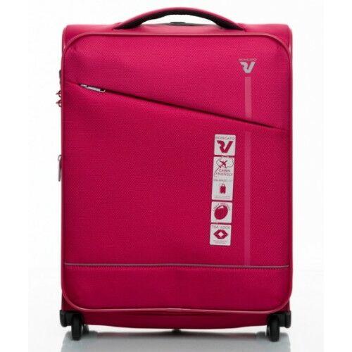 a rózsaszín bőrönd