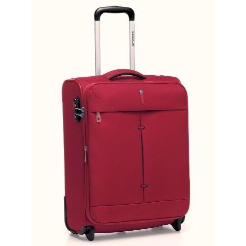 A bordó bőrönd